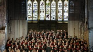 The German Bundestag and British Parliament choirs perform together