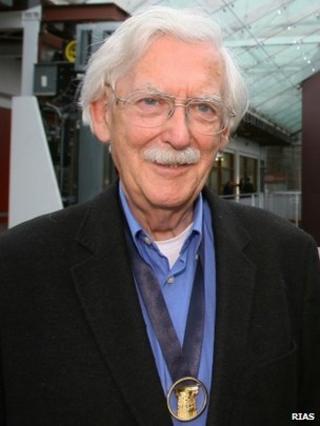 Professor Andy MacMillan