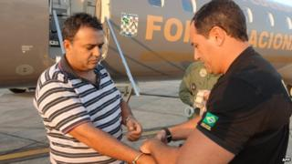 Police arrest one of the arrested charged with deforestation in Amazon region