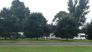 Travellers at Weston Green in Thames Ditton