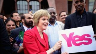 nicola sturgeon at glasgow central mosque