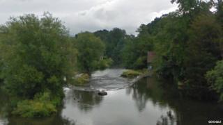 Horseshoe Weir