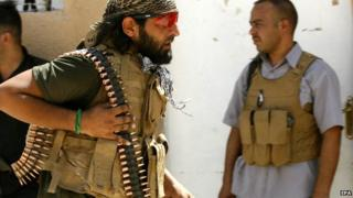 Shia militiaman from 'Peace Brigades', at Amerli (3 September 2014)