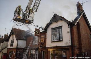 Fire at the Kings Head in Bradwell-on-Sea