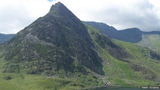 A view of Tryfan