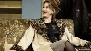 Eva Pope played Helen in A Taste of Honey (2012)
