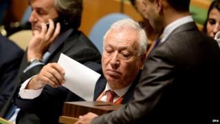 Jose Manuel Garcia-Margallo y Marfil casts Spain's vote in New York, US on 16 October 2014