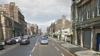 constituion street in edinburgh