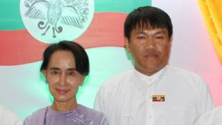 Aung Naing (right) with Burmese opposition leader Aung San Suu Kyi