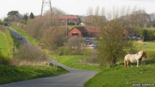 Skidby Lakes Golf Club and Old Beverley Road