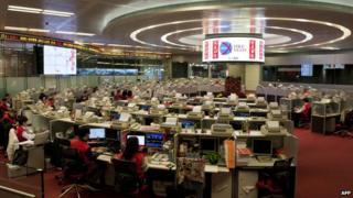 香港証券取引所の取引フロア
