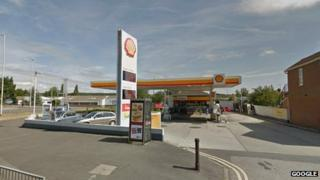 Shell garage at Norcot Roundabout in Reading