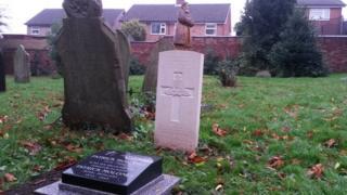 War graves in Ilkeston