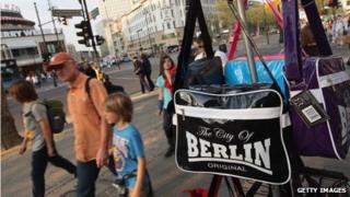 Shoppers on Kurfuerstendamm in Berlin
