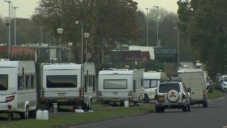 Caravans on roadside