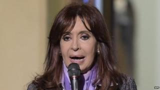 President Cristina Fernandez de Kirchner addresses supporters during a ceremony at Government House in Buenos Aires on 30 September, 2014