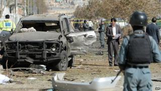 Images Afghan women hold historic talks with the Taliban - BBC News 2