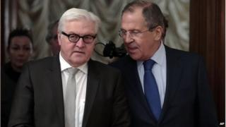 Russian Foreign Minister Sergey Lavrov (R) and German Foreign Minister Frank-Walter Steinmeier in Moscow, Russia on 18 Nov 2014