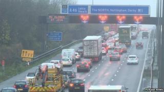 M1 Leicestershire crash