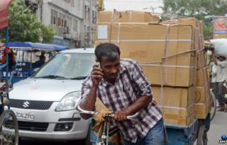 India mobile phone user