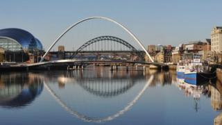 Bridges spanning the River Tyne between Gateshead and Newcastle