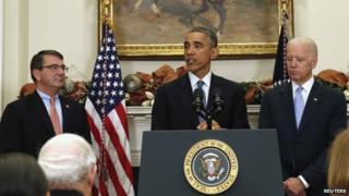 US President Barack Obama (centre), Ashton Carter (left) and Vice President Joe Biden appeared in Washington on 5 December 2014