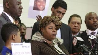 Samaria Rice, the mother of Tamir, a 12-year-old boy fatally shot by a Cleveland police officer, speaks during a news conference in Cleveland 8 December 2014