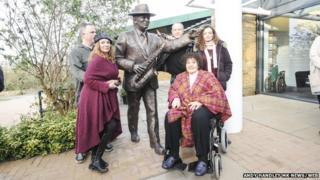 (L-R) Charlie Wood (Jacqui's husband), Jacqui Dankworth, Alec Dankworth, Dame Cleo Laine, Emily Dankworth (Jacqui's daughter).