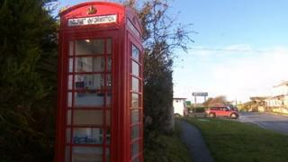 Crafthole tourist information phone box