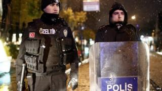 Turkish police at scene after bombing, 6 Jan 15