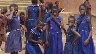 Schoolchildren in Sierra Leone (2005)
