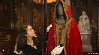 Napoleon's red cloak