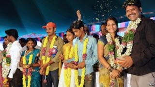 An inter-caste mass marriage in India