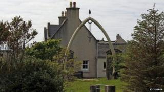 Whale bone arch at Bragar