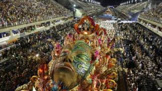 Beija Flor samba parade