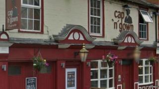 Cap 'n' Gown pub