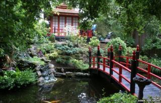 Pagoda shed