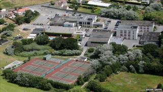 La Mare de Carteret schools seen from the air