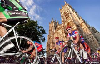 Cyclists outside York Minster