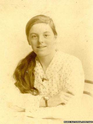 Dolly Evans, maid to the Gibb Family in 1930s