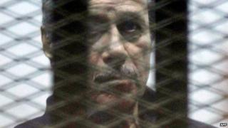 Former Egyptian Interior Minister Habib al-Adly in the dock at a court inside Cairo's police academy (19 March 2015)