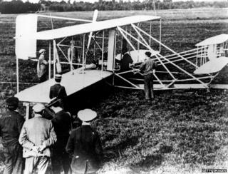 Wright Bros fly plane