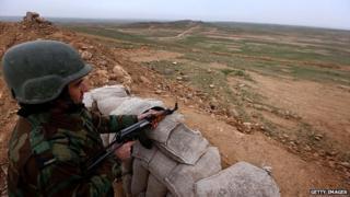 A Kurdish Peshmerga fighter