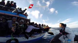 Images Libya migrants: Hundreds feared drowned in Mediterranean - BBC News 2