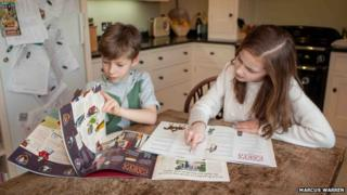 Children with Magna Carta guides
