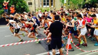 Oxford Town and Gown 10K start