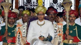 Crowning of Yaduveer Krishnadatta Chamraja Wodeyar