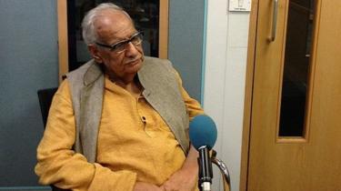 बीबीसी स्टूडियो में कुलदीप नैयर