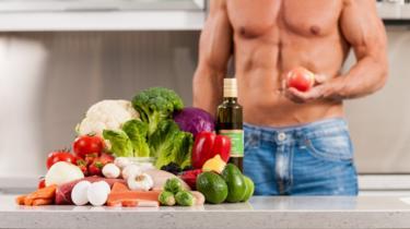 Hombre y vegetales