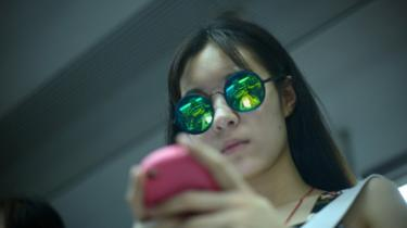 20 saat cep telefonuna bakan kadın ölüm tehlikesi atlattı